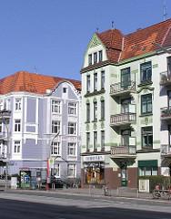 Farbige Jugenstil und Gründerzeit Wohngebäude - gutbürgerliche Etagenhäuser.