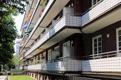 Laubengänge / Balkons - Neues Bauen in Hamburg - Architektur der Hansestadt - Richard Matthaei Haus; erbaut 1931 - Architekt Paul A. R. Frank.