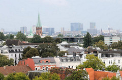Blick über die Dächer von Hamburg Harvestehude.
