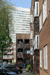 Backsteinfassade - neues Bauen der 1920er Jahre - Friedrich Eberthof in Hamburg Ottensen.