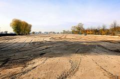 Hafenerweiterung des Terminalgeländes EUROGATE im Hamburger Hafen beim Petroleumhafen / Bubendey Ufer.