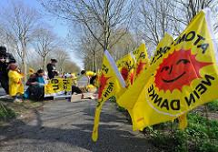 gelbe Flaggen ATOMKRAFT NEIN DANKE!