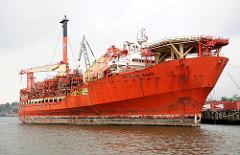 Arbeitsschiff PETROJARL BANFF im Hamburger Hafen. Ölbohrschiff / Floating Production Storage and Offloading am Werftkai.