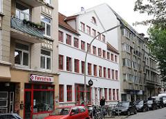 Historisches Wohnhaus in der Hein Hoyer Strasse - Sahlhaus, Mietswohnhaus - Denkmalschutz in Hamburg St. Pauli.