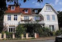 Historische Doppel-Villa in Hamburgs Vorort Niendorf, Ordulfstrasse. Historische ARchitektur der Hansestadt Hamburg.