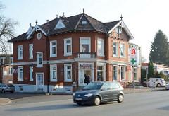 Gründerzeitgebäude, Ladengeschäft und Wohnhaus - Kieler Strasse / Quickborn.