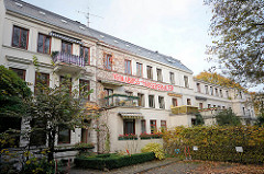 Historische Altbauten im Brodersweg in Hamburg Pöseldorf - die Wohnhäuser sind vom Abriss bedroht.