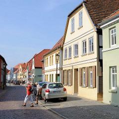Wohnhäuser, Kurze Strasse / Malchow.