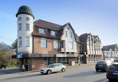 Modernisierte historische Architektur, Wohn- und Geschäftshaus, Kieler Strasse / Quickborn.