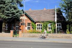 Denkmalgeschütztes Wohnhaus in der Rudolf-Breitscheid-Strasse in Mirow.