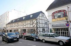 Fachwerkarchitektur in der Milchstrasse in Hamburg Pöseldorf / Stadtteil Rotherbaum.