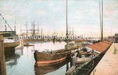 Binnenschiffe und Frachtsegler im Hafen von Harburg. (ca. 1910)