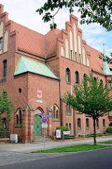 Amtsgericht von Rathenow, eingeweiht 1905 - erbaut aus Rathenower Ziegeln.