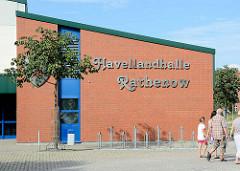 Havellandhalle in Rathenow, eröffnet 2000 / Mehrzweckhalle.
