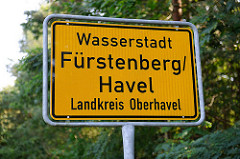 Ortsschild Wasserstadt Fürstenberg / Havel; Landkreis Oberhavel.