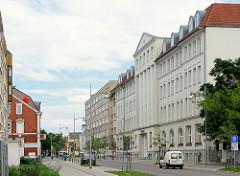 Rathaus von Rathenow, errichtet 1912 als Verwaltungsgebäude einer Firma - sizilianischer Sandstein; rekonstruiert 1997.