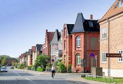 Stadtvillen, Wohnhäuser in der Poststrasse von Hagenow, Gründerzeitarchitektur.