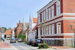 Wohnhäuser in unterschiedlicher Bauform - Augustenstrasse / Hagnow.