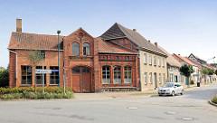 Historisches Gewerbegebäude / Ziegelarchitektur; Wittenburger Strasse in Hagenow.