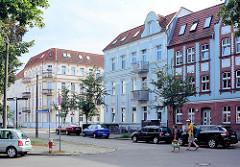 Mehrstöckige Gründerzeit - Wohhäuser; Schopenhauerstrasse in Rathenow.