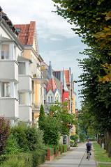 Gründerzeitgebäude mit farbig abgesetzten Fassaden - Bilder aus Rathenow, Brandenburg.