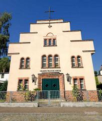 Gebäude der Neuapostolischen Kirche in der  Fritz-Reuter-Strasse von Fürstenberg, Havel.