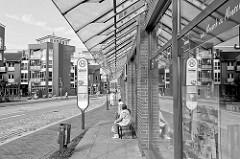 Bushaltestelle Robert Stock Strasse in Hagenow - moderne Architektur.