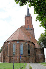 Sankt Marien Adreas Kirche auf dem Kirchberg in Rathenow. Ursprünglich im 13. Jahrhundert errichtet, im 15. + 16 Jhd. zu einer dreischiffigen spätgotischen Hallenkirche umgebaut - im Krieg zerstört und endgültige Restaurierung 2002.
