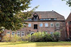 Probstei - Kloster Lüne - ehemaliges Benediktinerinnenkloster und heutiges evangelisches Damenstift in Lüneburg; gegründet 1172 - nach einem Großbrand 1380 in Backsteingotik wieder aufgebaut.