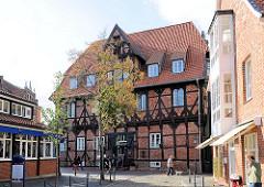 Historisches Gebäude der Abtsmühle in Lüneburg - jetzt Restaurant.