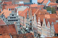 Historische Giebelhäuser Am Sande in Lüneburg.