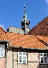 Kirchturm der Klosterkirche St. Bartholomäi im Lüne-Kloster in Lüneburg.
