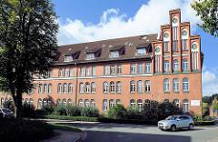 Historische Architektur am Lünepark in Lüneburg - jetzt Bürohaus.