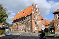 Historische Architektur Lüneburgs - Teil vom Alten Rathauskomplex / Kämmereiflügel, Waagestrasse / Am Marienplatz.