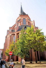 Kirchenschiff / Rückseite der Lüneburger St. Nicolaikirche - Backsteingotik, erbaut 1407 - 1440.