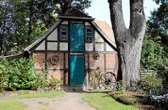 Nebengebäude im Kloster Lüne - ehemaliges Benediktinerinnenkloster und heutiges evangelisches Damenstift in Lüneburg; gegründet 1172 - nach einem Großbrand 1380 in Backsteingotik wieder aufgebaut.