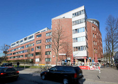 Neubau an Stelle der ehem. historischen Terrassenhäuser in der Talstrasse von Hamburg St. Pauli.