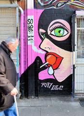 Graffiti in der Talstrasse auf Hamburg St. Pauli.