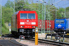 Güterlokomotive der railion db logistics 185 283 9 auf dem Containerbahnhof Alte Süderelbe in Hamburg Altenwerder.