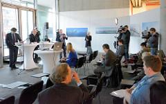 Präsentation der Ergebnisse vom Architekturwettbewerb für den Strandkai in der Hamburger Hafencity.