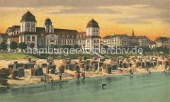 """Historische Aufnahme vom Kurhaus an der Strandpromenade in Binz auf Rügen. Berliner Bankiers investierten mit der """"Ostseebad Binz AG"""" in den Ausbau des Seebades und ließen ein Kurhaus bauen, das am 22. Juli 1890 eröffnet wurde; das Gebäude brann"""