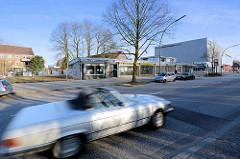 Langenhorner Chaussee / Stockflethweg - leerstehende Ladengeschäfte / Flachbauten; Bilder aus Hamburg Langenhorn.