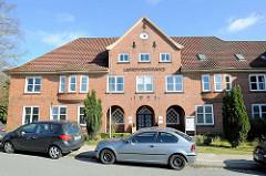 Landvolkhaus in Buchholz i.d.N., ehem. Versammlungsgebäude - Backsteinarchitektur, erbaut 1923.
