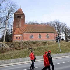 Dorfkirche in Binz auf Rügen - 1913 im neugotischen Stil erbaut.