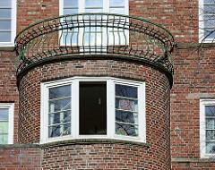 Balkon am Elisabethgehölz - Das historische Backstein-Ensemble ELISA in Hamburg Hamm war Ausdruck der Hamburger Architektur der 1920er Jahre in der Ära des Oberbaudirektors Fritz Schumacher.