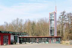 Gebäude des Feuerwehrzentrum Erich Tiedt in Bergen auf Rügen.