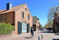Landwirtschaftliches Gebäude umgebaut zum Wohnhaus - Hinter der Kirche, Stadt Wedel.