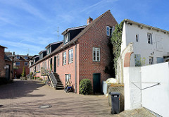 Hinterhofbebauung - Wohnhäuser, Reihenhaus in Wedel, Schleswig-HOlstein.
