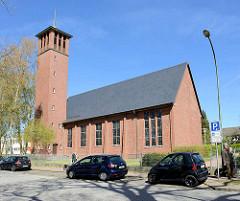 St. Marienkirche in Wedel - Katholische Backsteinkirche; Pfarrei Heilig Geist - Wedel + Uetersen.