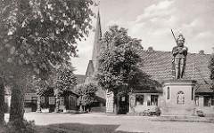 Historische Ansicht vom Marktplatz in Wedel / Holstein, Kreis Pinneberg.